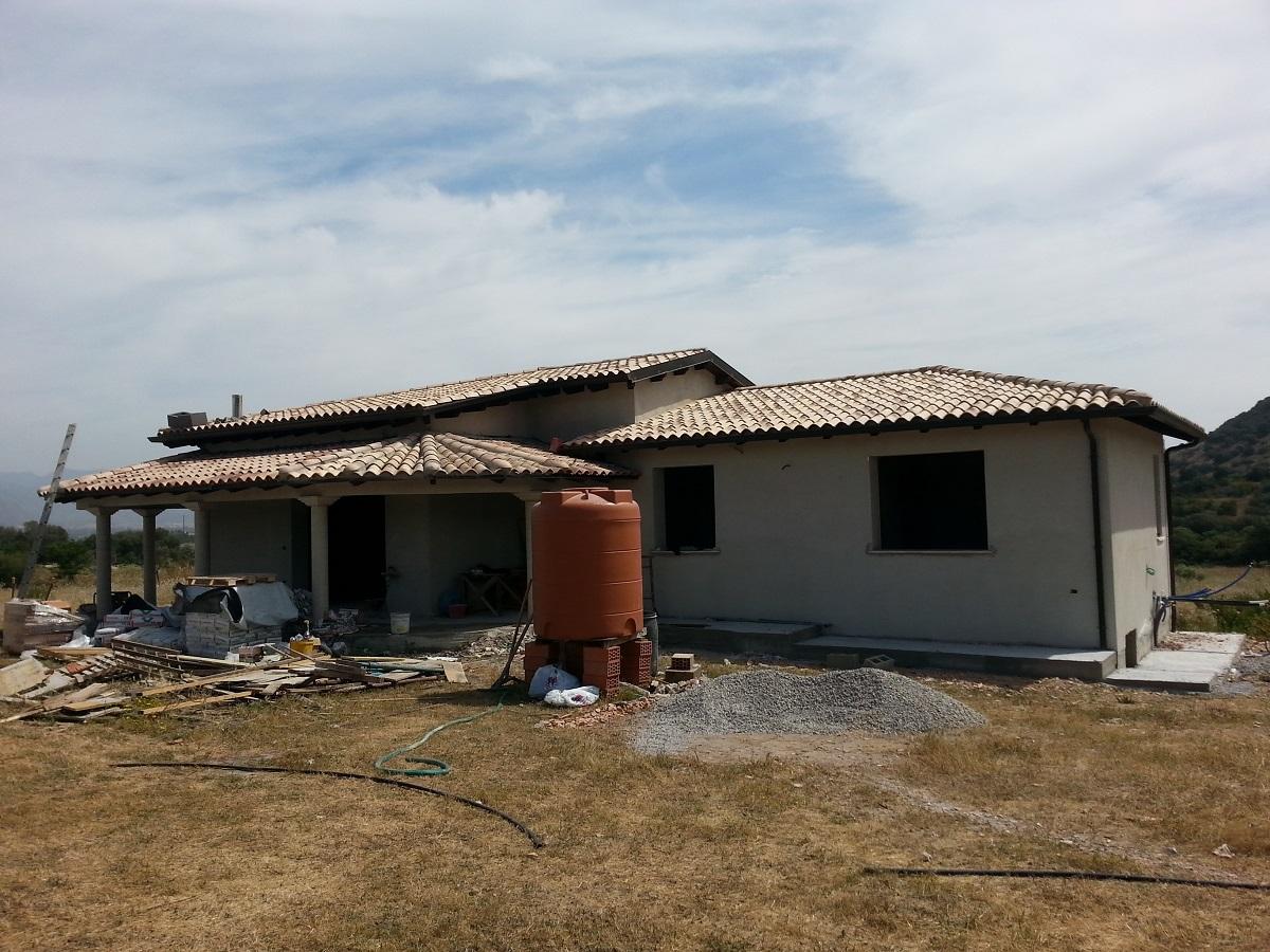Villa unifamiliare 130 mq villamassargia for Casa in legno o muratura